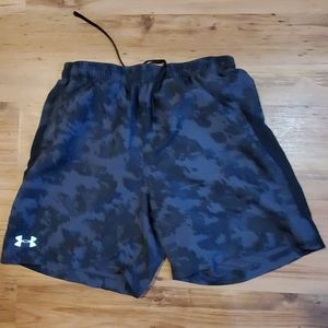 Under armour gym shorts large